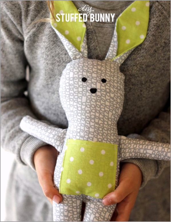 Bunny Stuffed Animal Pattern from Alice and Lois e atpwr